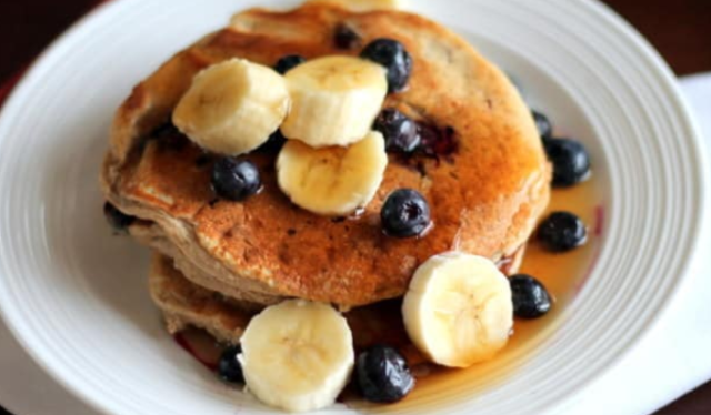 oatmeal cottage cheese banana pancakes