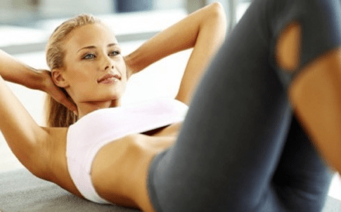 girl doing sit-ups
