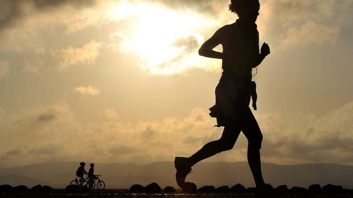 有了專屬跑鞋運動才持久!適合跑步新手的adidas愛迪達跑鞋推薦