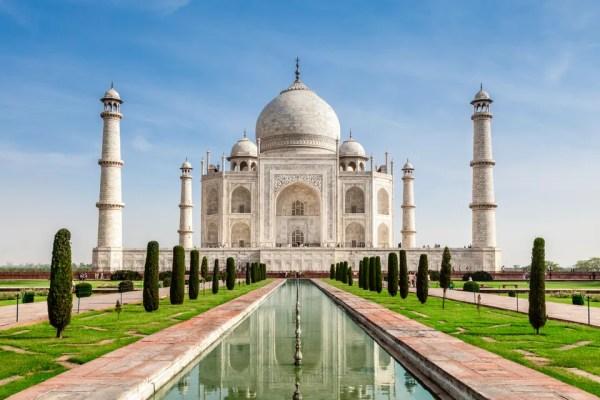 Taj Mahal é uma das 7 Maravilhas do Mundo Moderno.