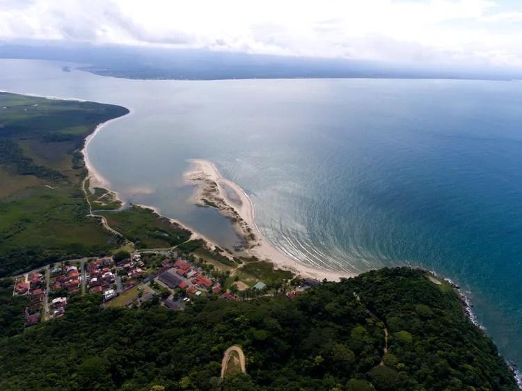 Vista do Forte Marechal Luz para a Praia do Forte
