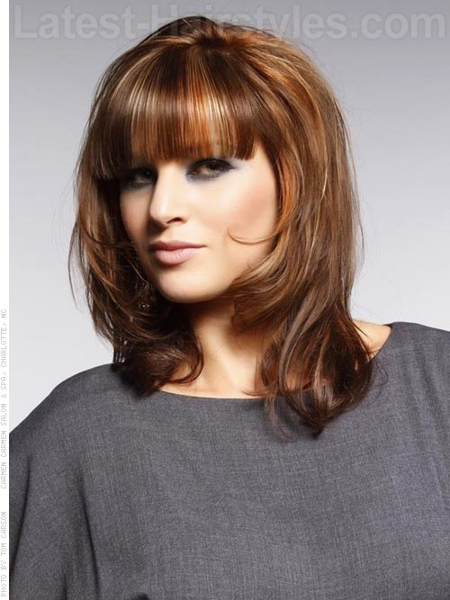 23 Perfect Medium Hairstyles For Square Faces Popular For