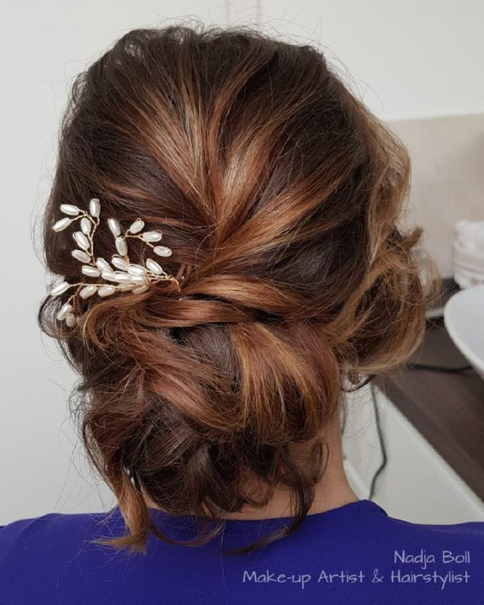 28 cute & easy updos for long hair (2019 trends)