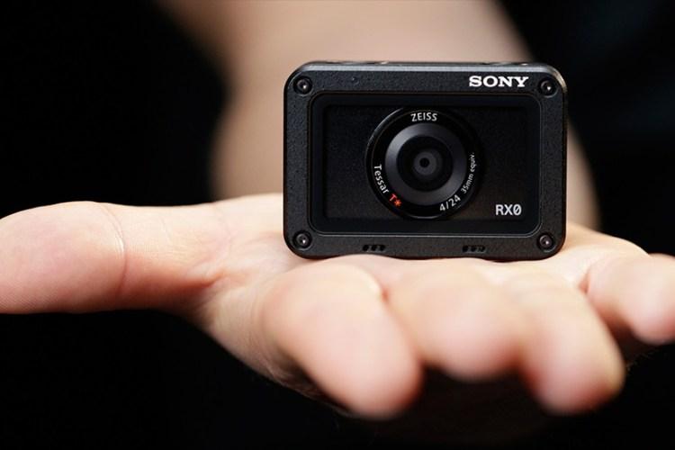 Sony laiž klajā RX0 II - pasaulē mazāko un vieglāko premium ultra kompakto kameru