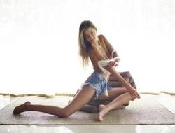 Sexy Melena Maria - Denim Hotpants - pics 12