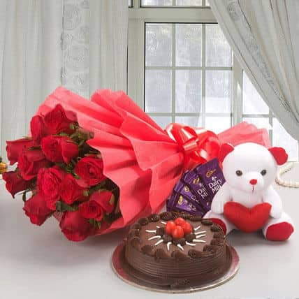 Flowers Love And Cakes  Karol Bagh   Florists in Delhi   Justdial