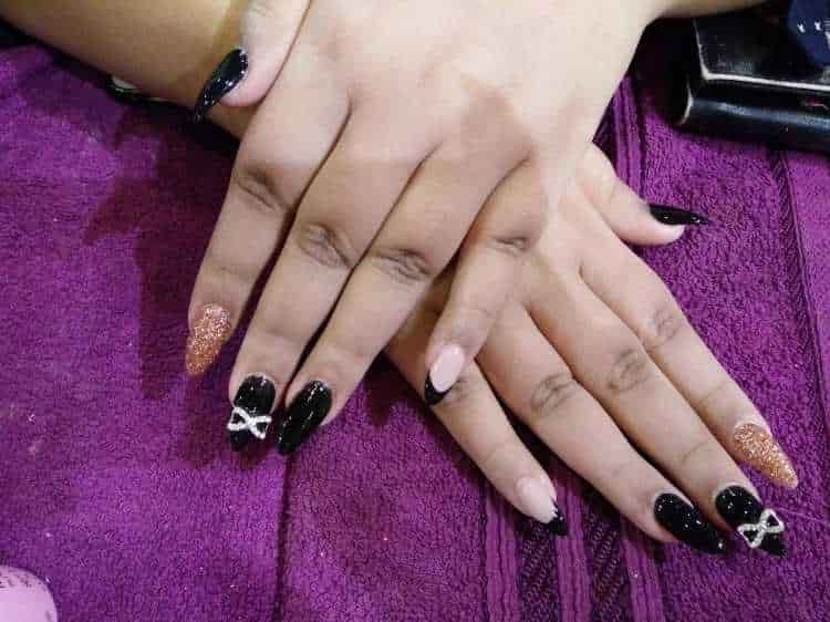 Zoya Salon Nail Spa Photos Kandivali West Mumbai Pictures