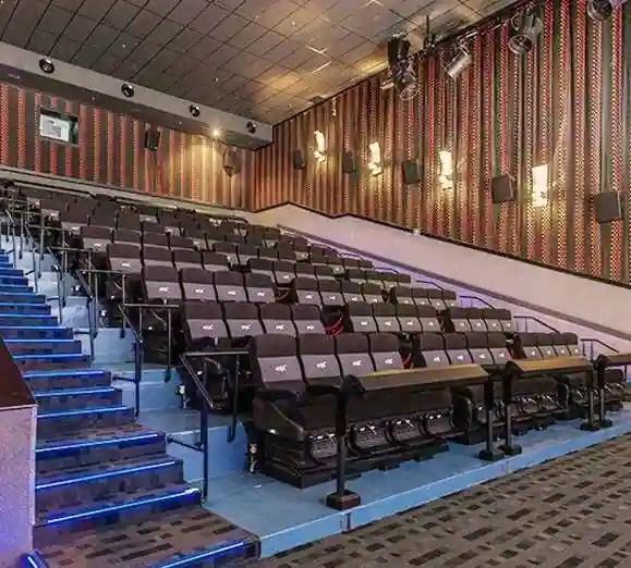 cinepolis vip seats pune review. Black Bedroom Furniture Sets. Home Design Ideas
