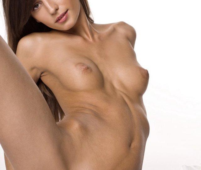 Skinny Girl In Nude Erotica Pics