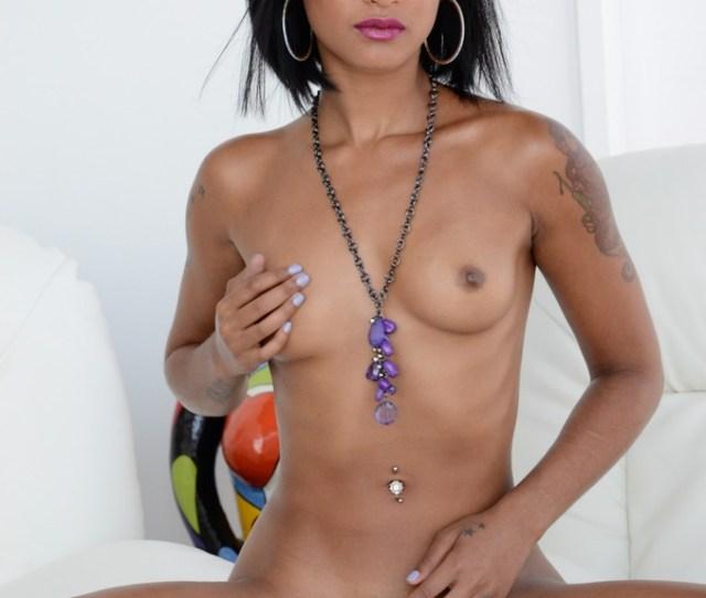 Skin Diamond Gets Nude