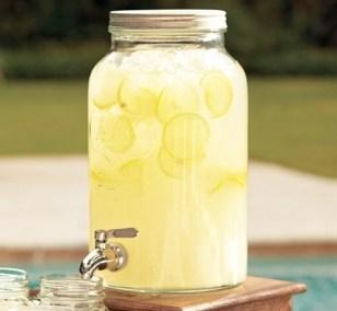 Juice jar tap
