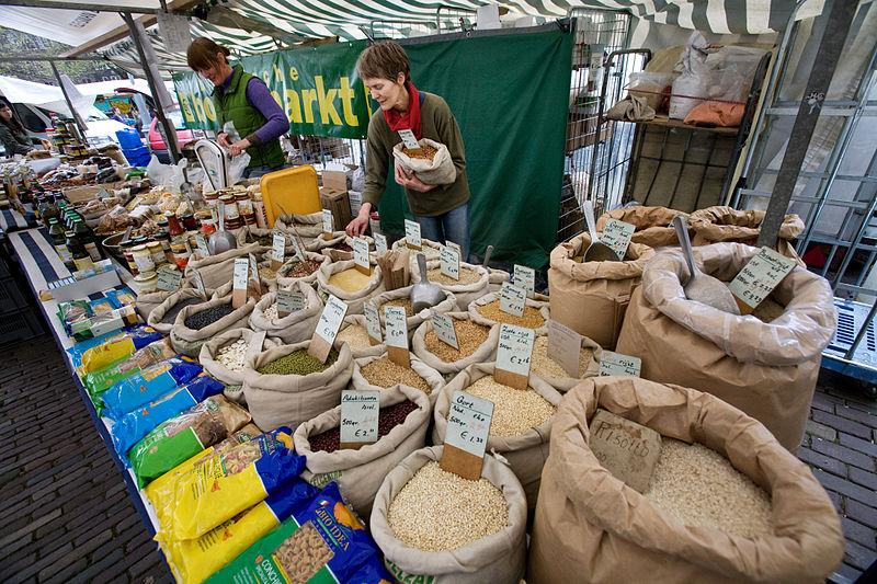 amsterdam food market via wikimedia