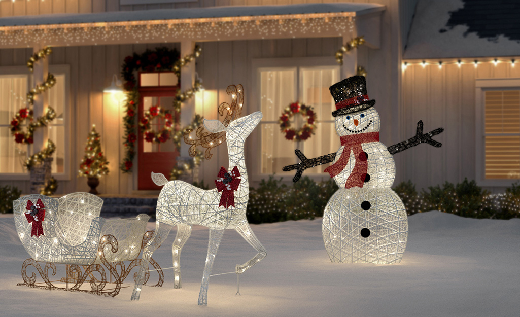 Outdoor Holiday Decorating Ideas The Home Depot