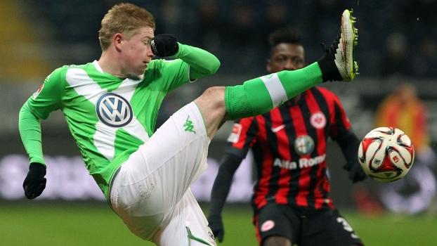 De Bruyne foi punido pelo gesto durante o jogo contra o Frankfurt