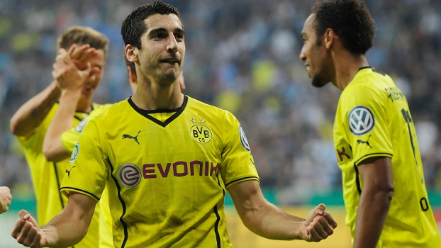 Mkhitraryan comemora gol do Borussia Dortmund contra o 1860 Munchen, pela Copa da Alemanha
