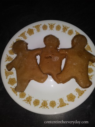 ginger bread men_with text