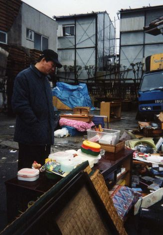 自身も被災した阪神・淡路大震災直後には神戸にヘリコプターで救援物資を届けた杉良太郎【1995年1月】