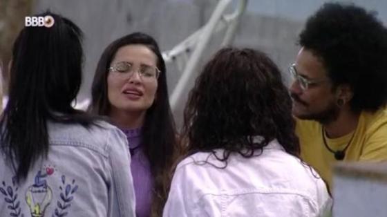 BBB 21: Juliette canta para sua irmã falecida aos 17 anos - Reprodução / Globoplay - Reprodução / Globoplay