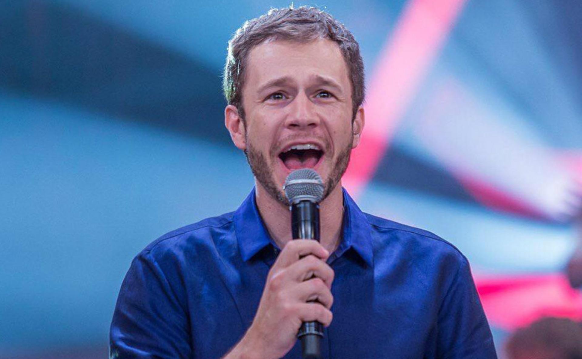 Tiago Leifert sobre nascimento da filha: 'Vou largar o estúdio correndo' -  18/10/2020 - UOL TV e Famosos
