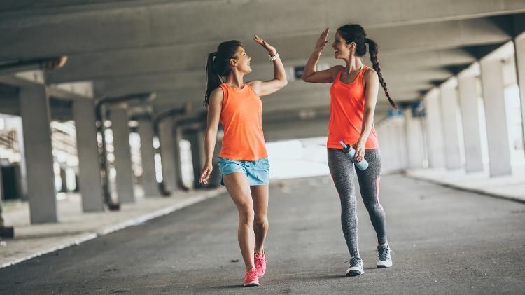 walk, walk, workout, activity, workout, fitness, friends, friend, gym - iStock - iStock