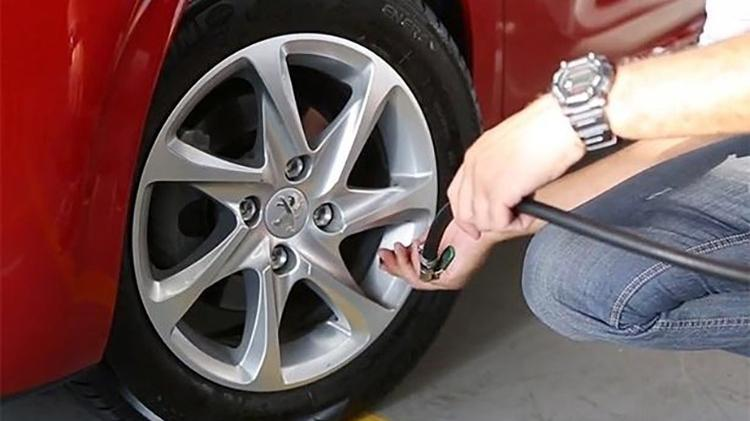 Peugeot 208 tire calibration - Reproduction - Reproduction