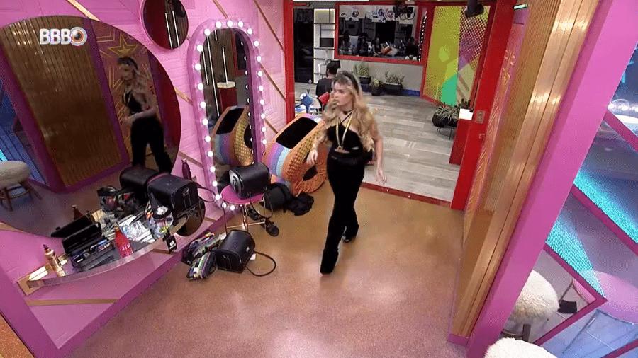 BBB 21: Viih Tube deixa a sala durante a votação  - Reprodução/Globoplay