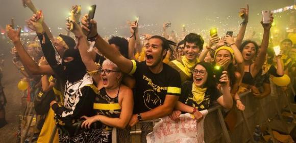Pedro Antunes - É prudente manter Rock in Rio, Lollapalooza e outros festivais em 2021?