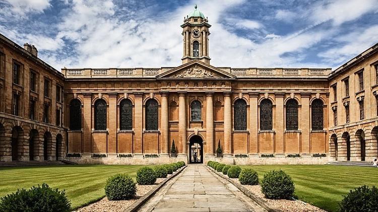 the queens college universidade de oxford 1571252778122 v2 750x421 - QUER ESTUDAR FORA? Confira a lista de universidades que aceitam nota do Enem