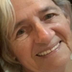 """Professora faz homenagem a mãe falecida: """"Uma leoa, se jogou no Rio Madeira para salvar um filho"""""""