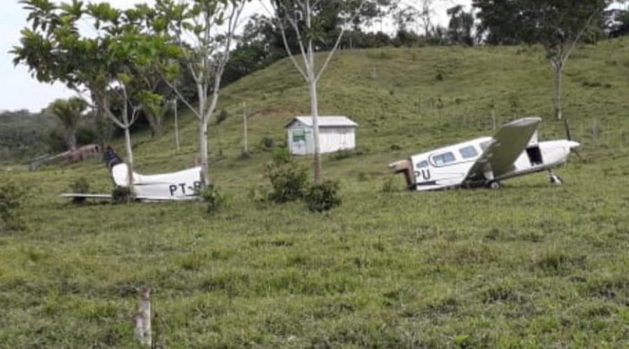 Avião bate em vaca, sai da pista e fuselagem se parte em dois na zona rural  de Jordão | ContilNet - O Acre em um só lugar - Portal de Notícias do Acre