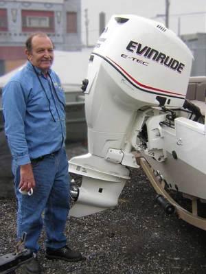1969 evinrude lark outboard motor picture, 1974 40hp evinrude: waterintake on evinrude big twin