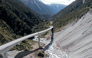 The Otira Viaduct was completed in 1999, a 445-metre long pre-stressed concrete box girder bridge of four spans, of which the 134 metre main one is the longest in New Zealand.