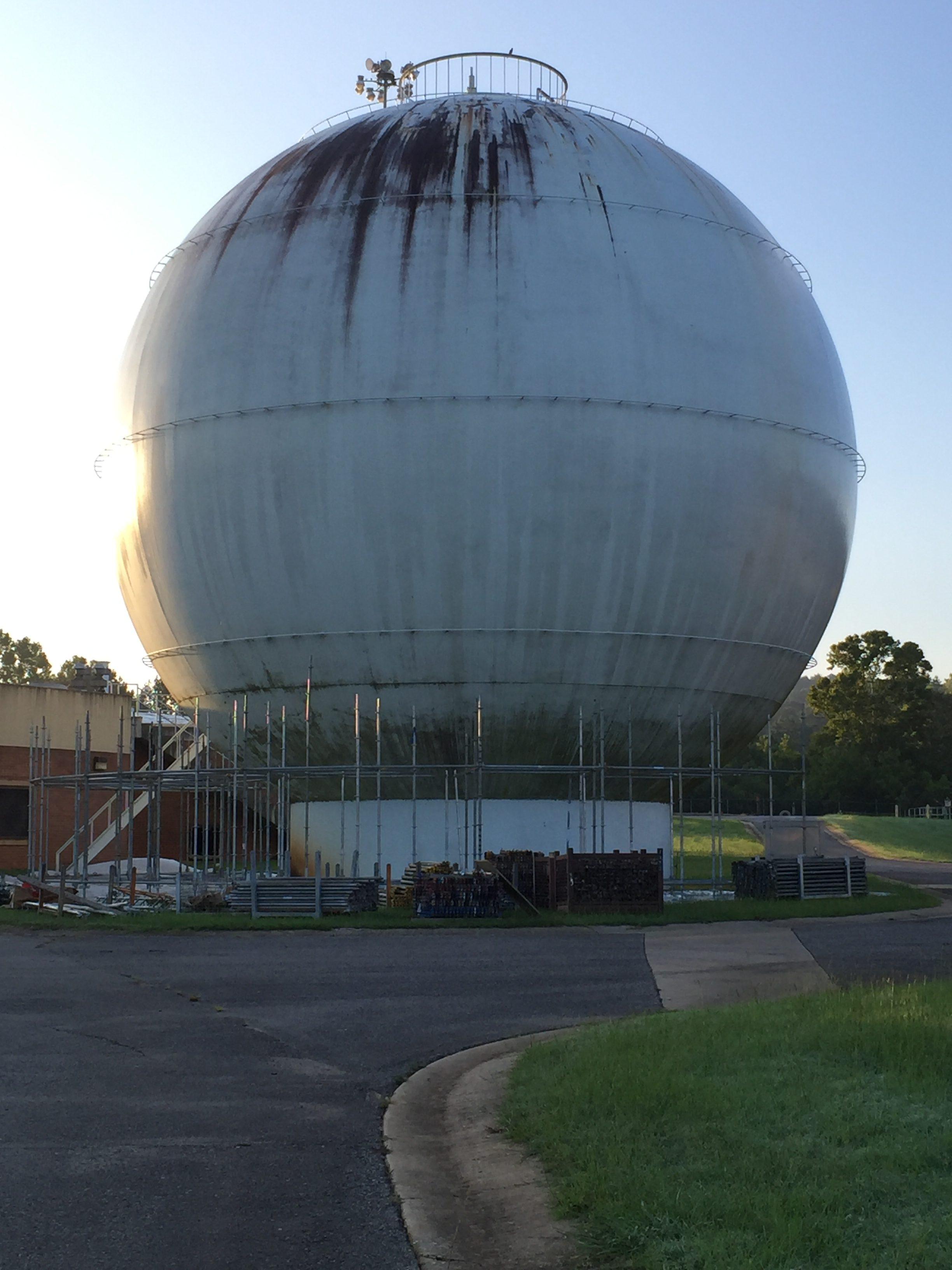 Round Sphere Tank scaffold 17