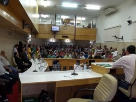 Câmara Caraguá_Tumulto 75