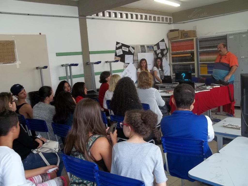 CONTRA & VERSO profere Palestra na Dr. Eduardo