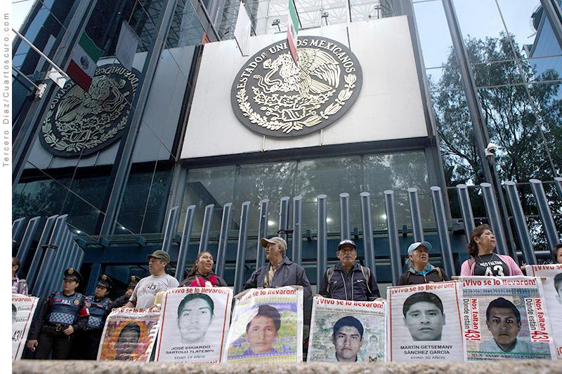 Ayotzinapa_PGR