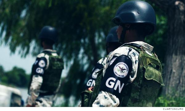 Dos efectivos de la Guardia Nacional