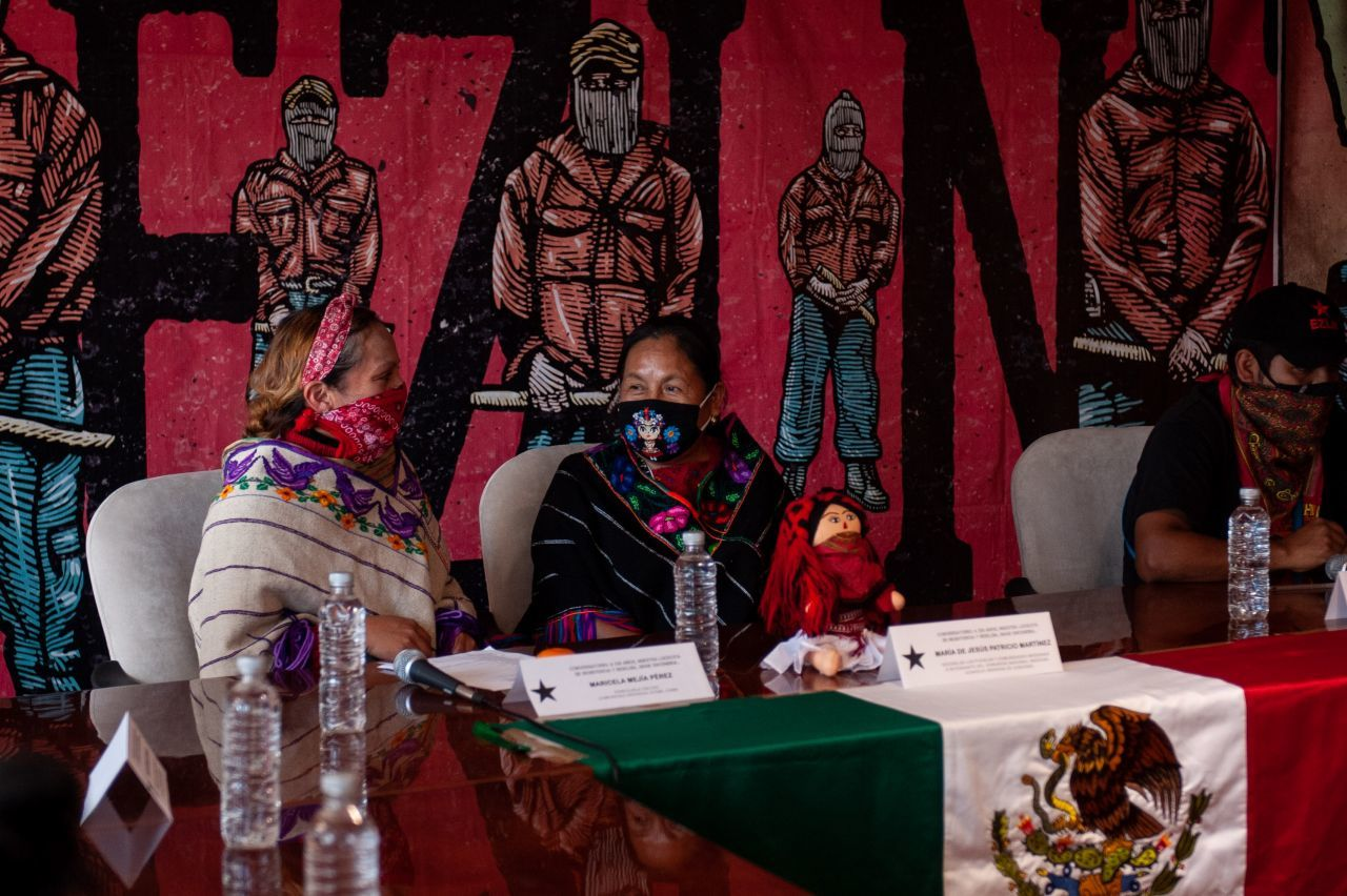 La vocera del Congreso Nacional Indígena y María de Jesús Patricio Martínez participó en el encuentro al interior del INPI