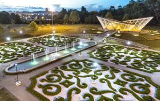 Guarapuava inaugura jardim com estilo europeu e estufa