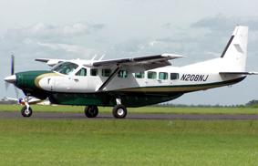 Governo promete voos regulares para 10 cidades do Paraná