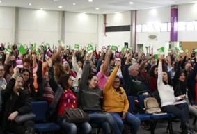 Professores definem greve a partir do dia 25