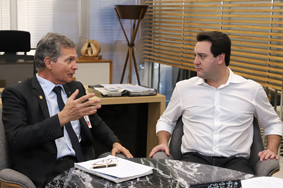Itaipu e governo acertam detalhes para construir ponte