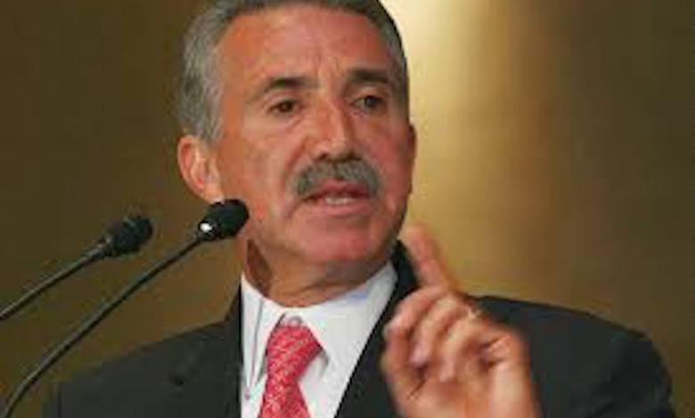 Photo of LOS NOTABLES/ ROBERTO MADRAZO