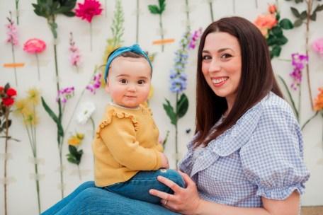 Scatti in serra per la Festa della Mamma