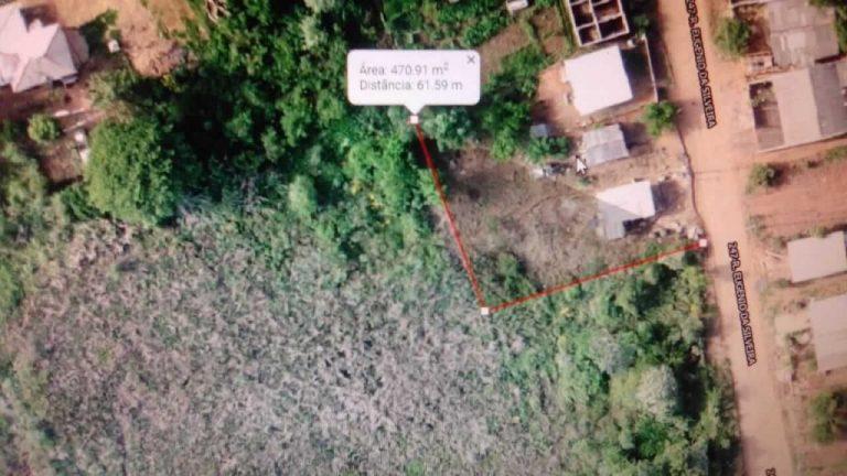 Foto aérea da área invadida