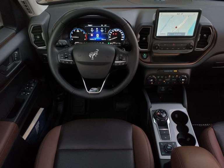 Visão interna do Ford Bronco Sport