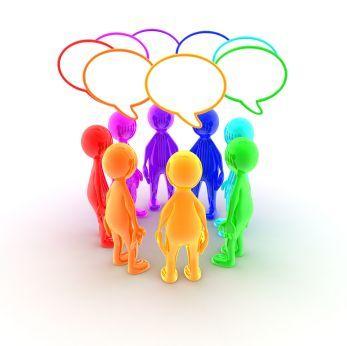 Grupo de personas hablando