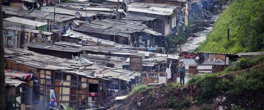 Metade dos trabalhadores brasileiros tem renda menor que o salário mínimo, aponta IBGE