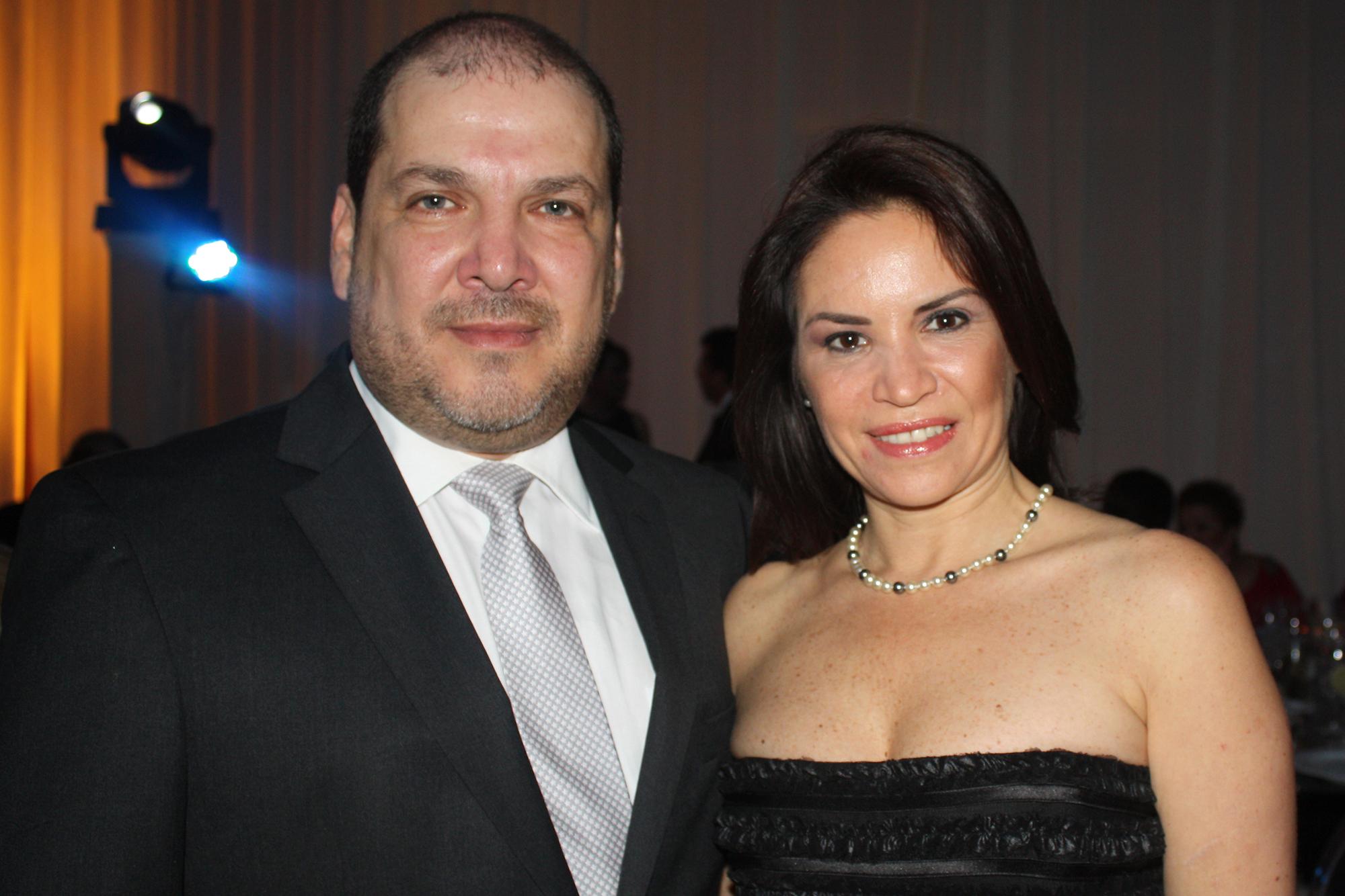 Iván Hillman y Mónica Robles