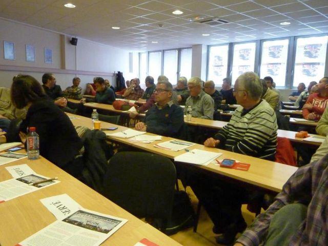 Vue partielle de la salle et des participants
